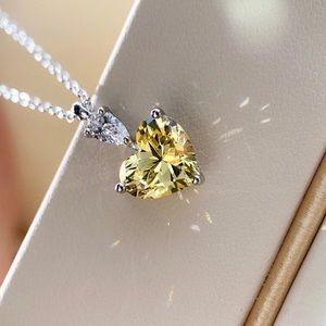 Jewelry - 18k White Gold 2ct Yellow Diamond Necklace